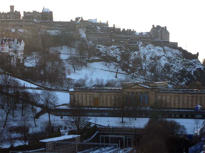 edinburgh castle outline